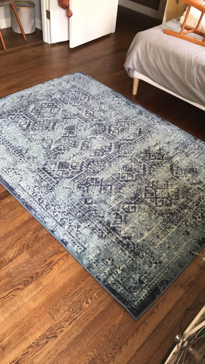 find more 5x7 area rug by threshold for sale at up to 90 off germantown tn. Black Bedroom Furniture Sets. Home Design Ideas