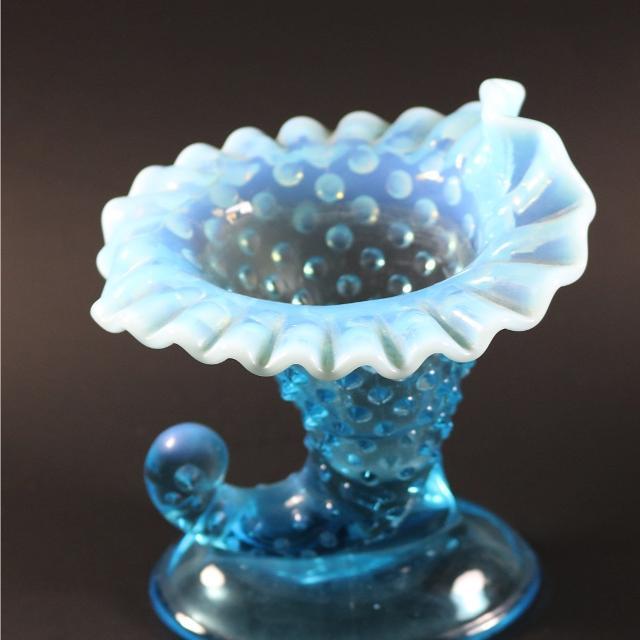 Best Fenton Blue Art Glass Hobnail Cornucopia Vase Vintage For Sale