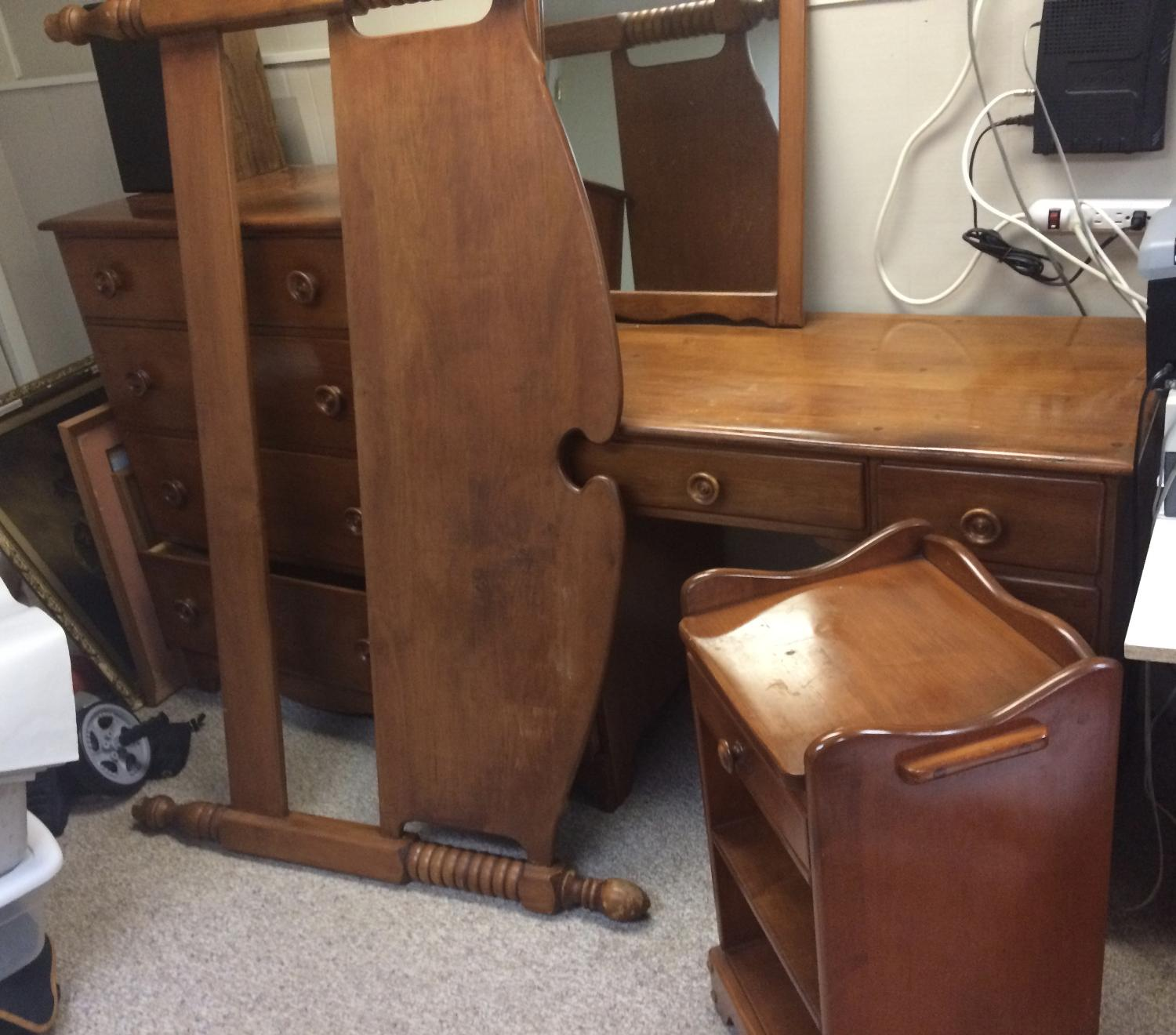 Find More Solid Maple Bedroom Set For Sale At Up To 90 Off Victoria Bc