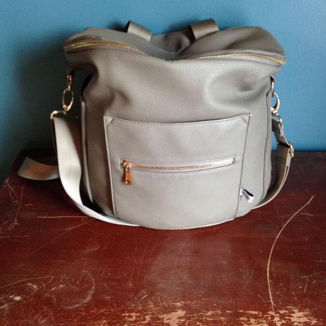 2735ea1207 Find more Fawn Design Diaper Bag for sale at up to 90% off