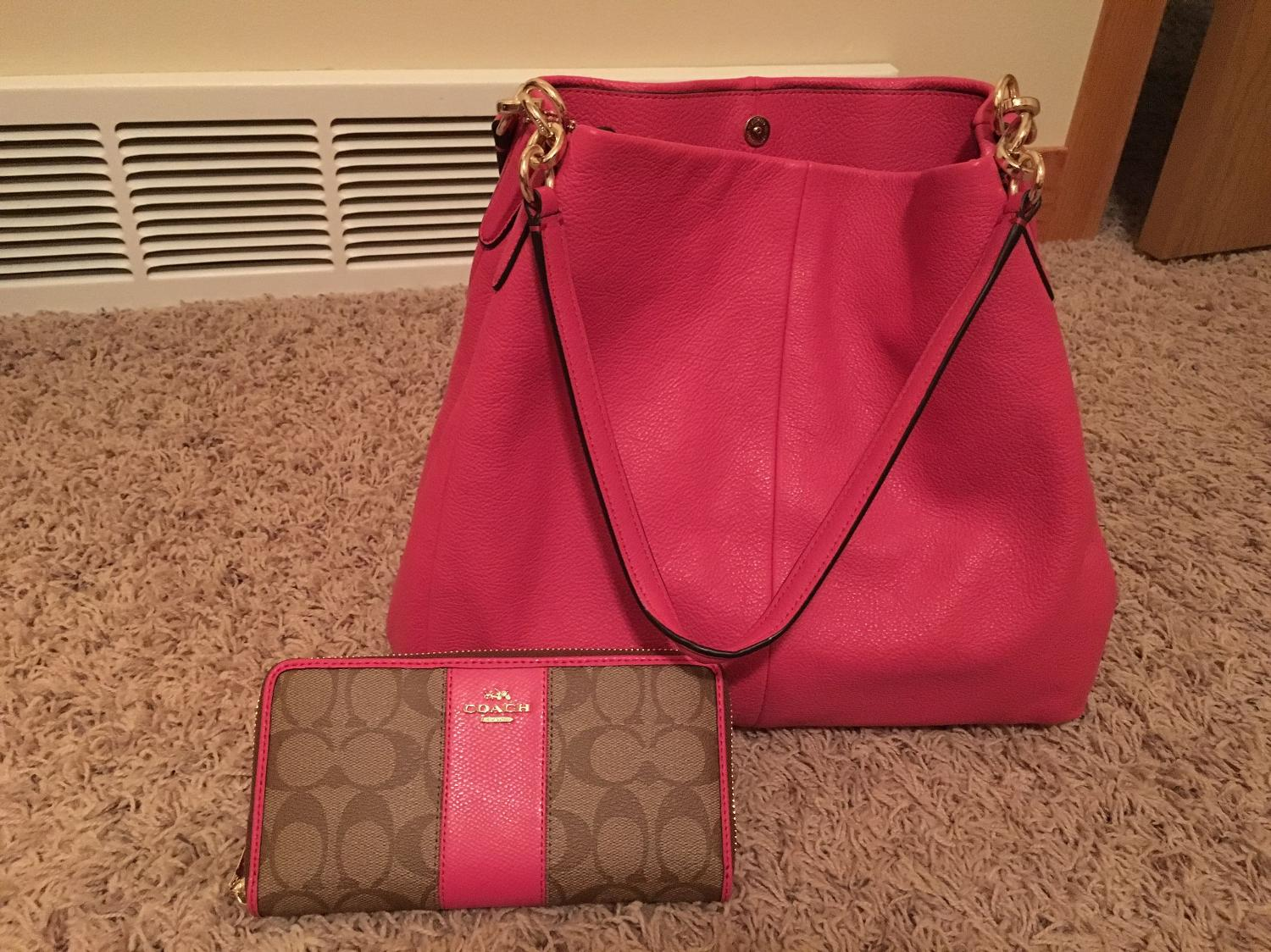 Best New Coach Purse And Wallet For Sale In Minot North