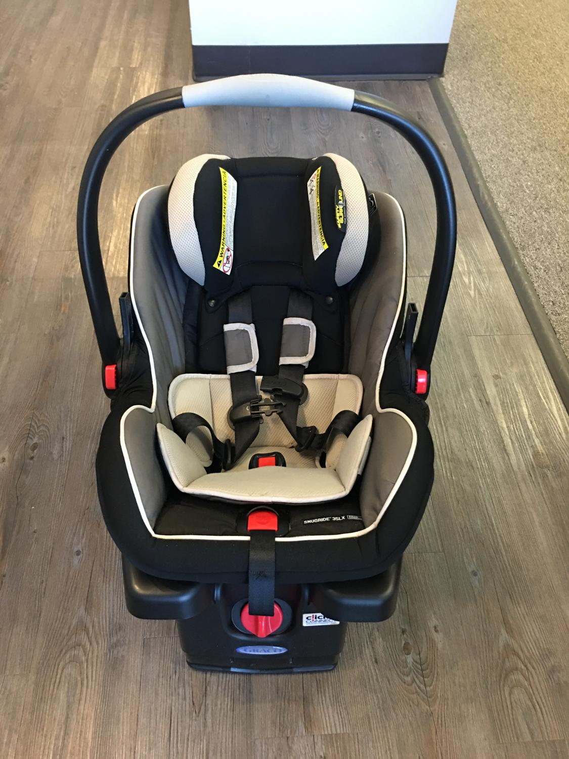 find more graco snugride 35 lx infant car seat for sale at up to 90 off hendersonville tn. Black Bedroom Furniture Sets. Home Design Ideas