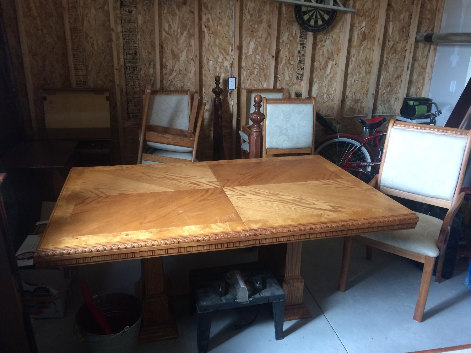 Best Table And Chairs For Sale In Mount Forest Ontario For 2018