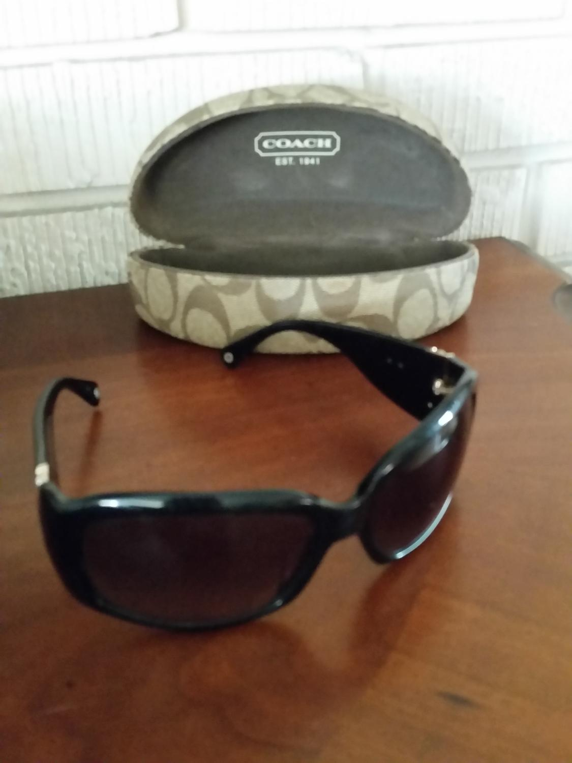 d3136bcda9 Find more Coach Sunglasses With Case for sale at up to 90% off