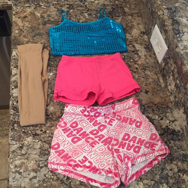 14ad10cbfac17 Find more Girls Size Small Dance Wear (size 6-7) - Justice Sequined ...