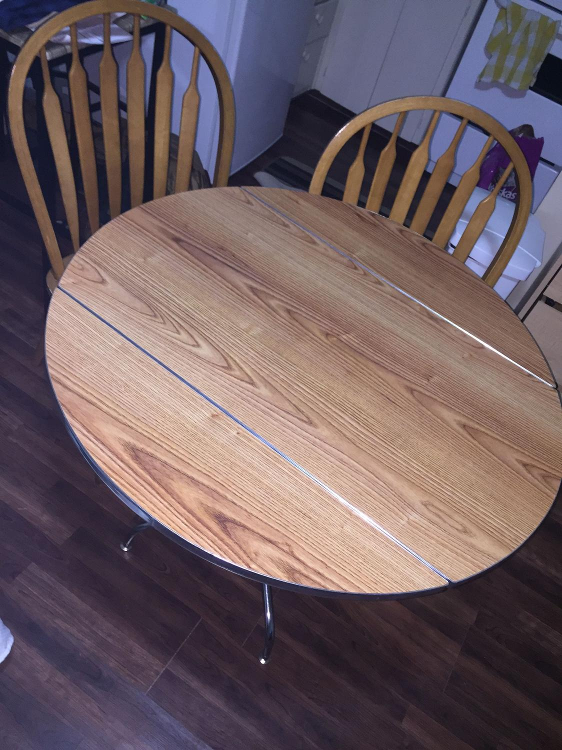 find more price drop kitchen table and chairs set for sale at up to 90 off regina sk. Black Bedroom Furniture Sets. Home Design Ideas