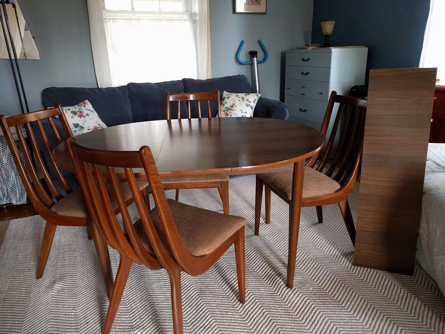 best set scandinave 4 chaises 1 table rallonge for sale in