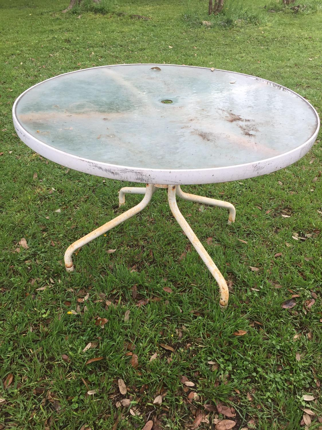 Find More Metal And Glass Round Outdoor Table For Sale At