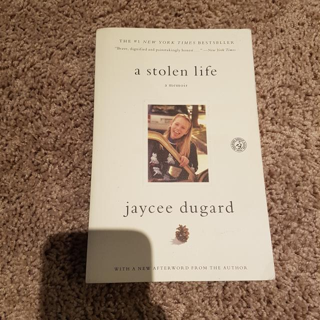 A stolen life by Jaycee dugard