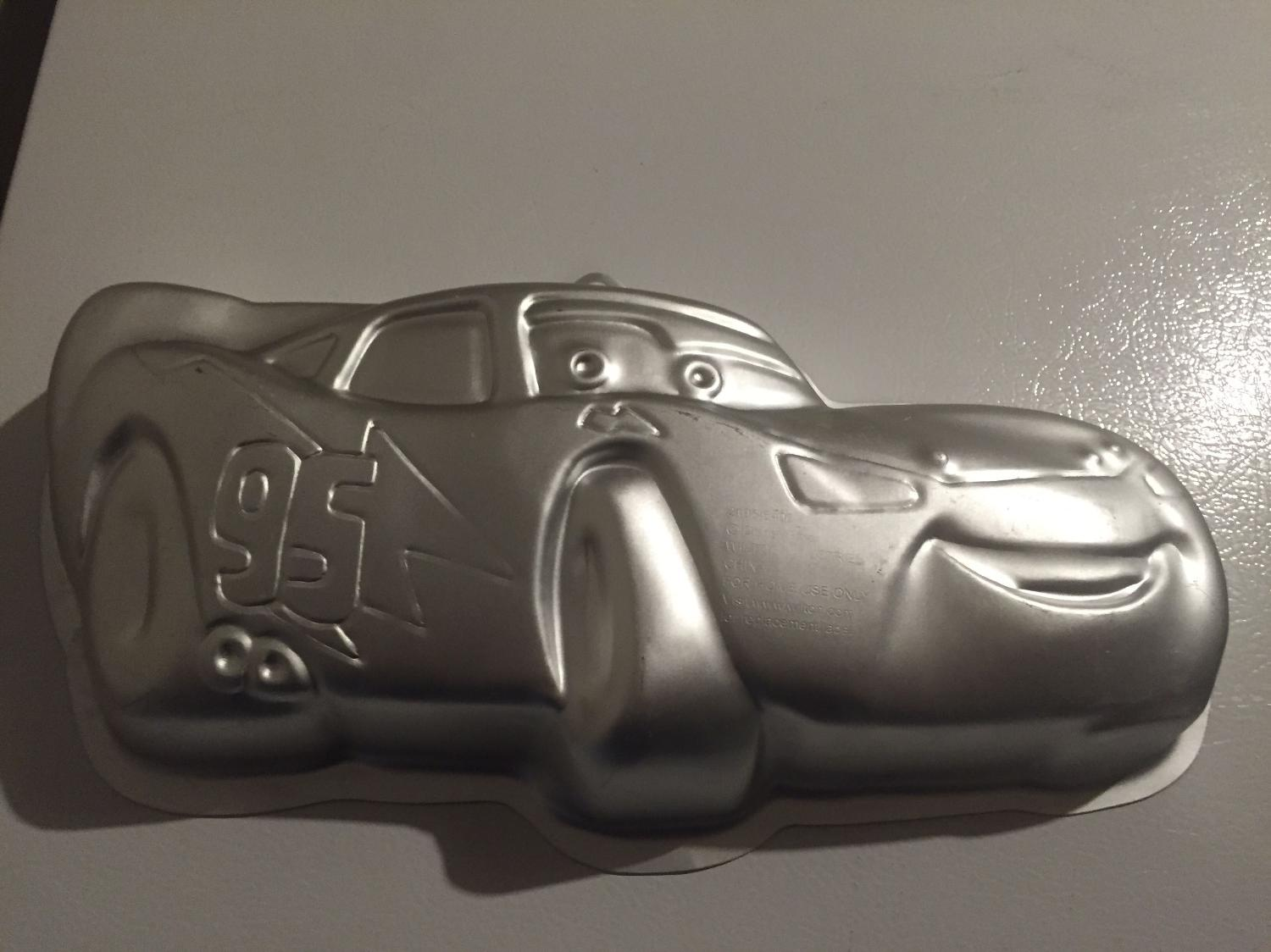 lightning mcqueen cake pan instructions