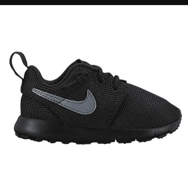 premium selection 41e97 b41f4 Nike Roshe one