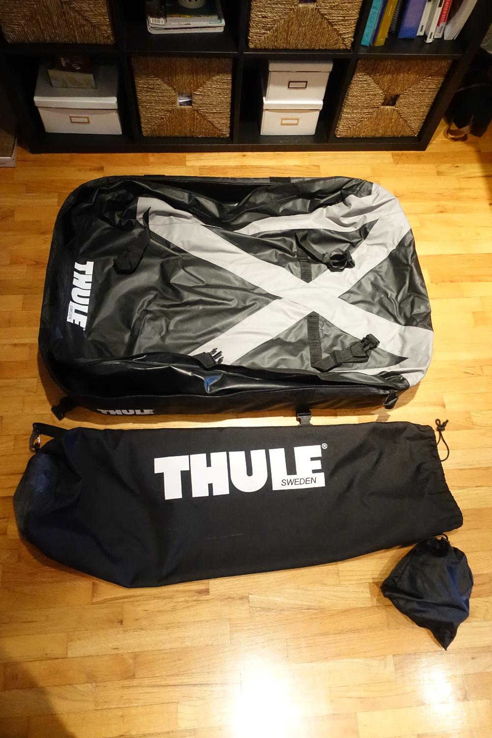 find more thule ranger 90 cargo bag for sale at up to 90 off victoria bc. Black Bedroom Furniture Sets. Home Design Ideas