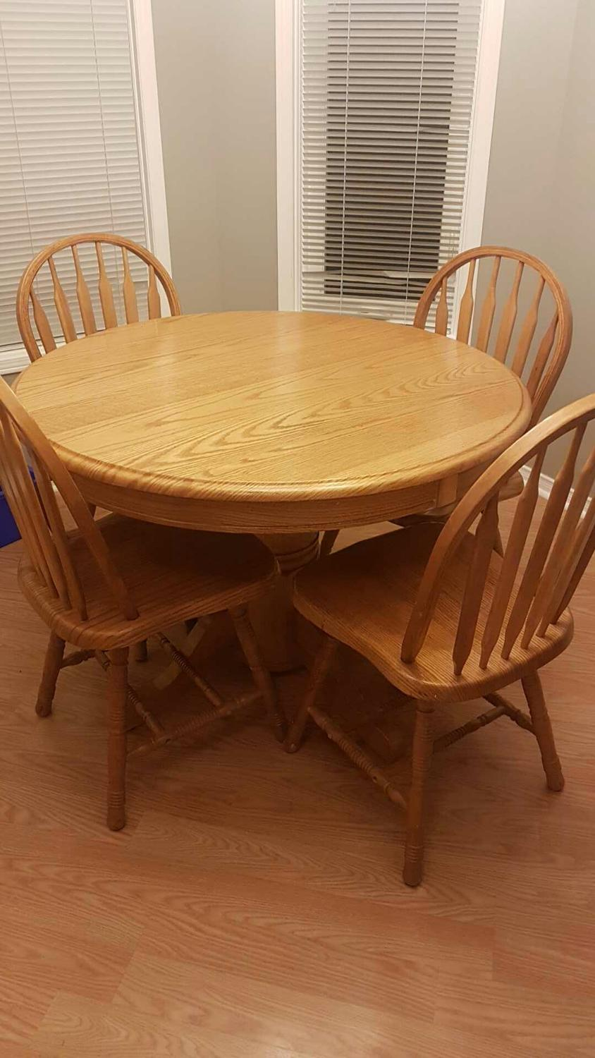 find more solid wood table and 4 matching chairs for sale at up to 90