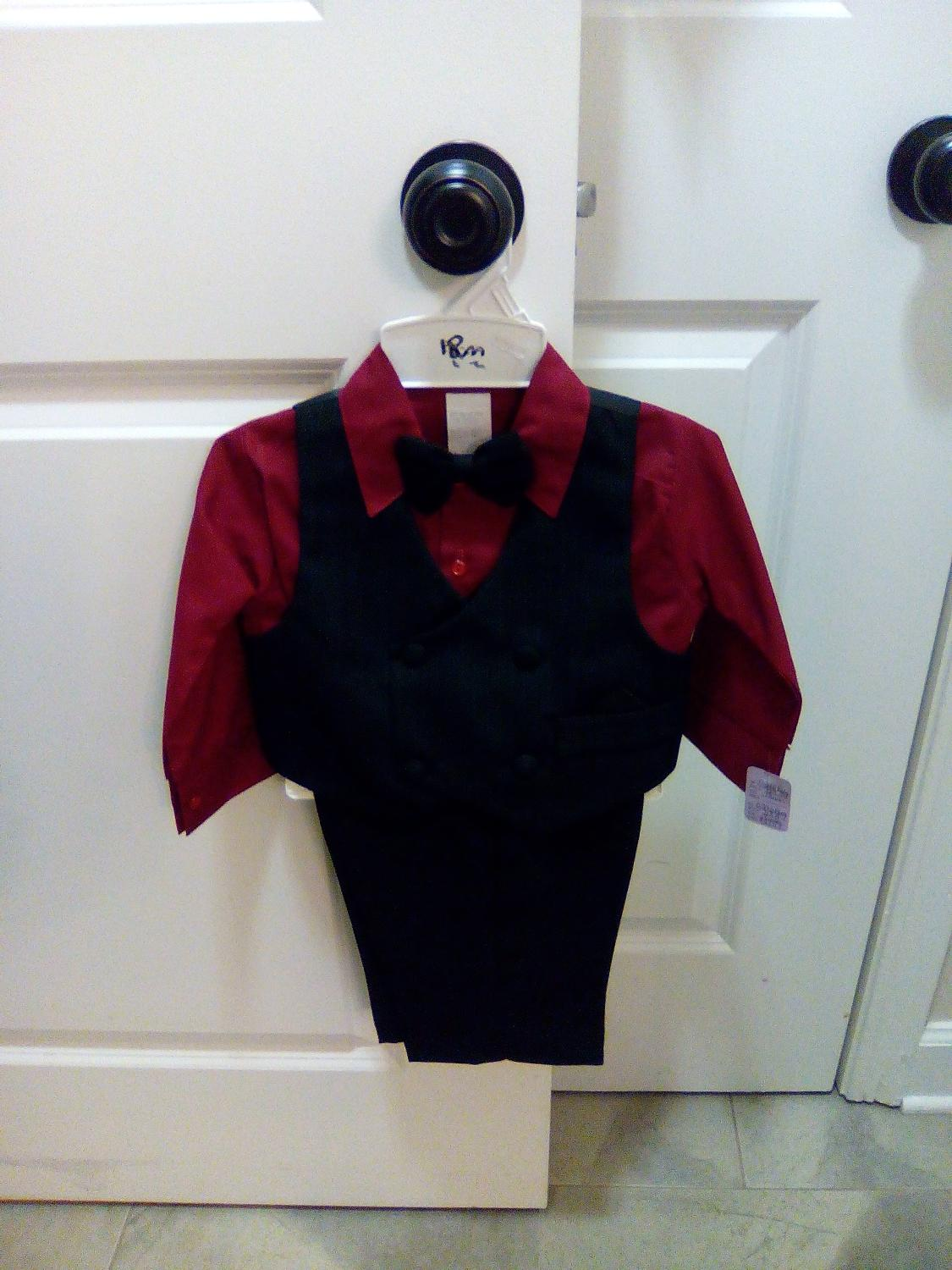 Best boys 3 piece black suit with burgundy shirt for sale for Black suit burgundy shirt