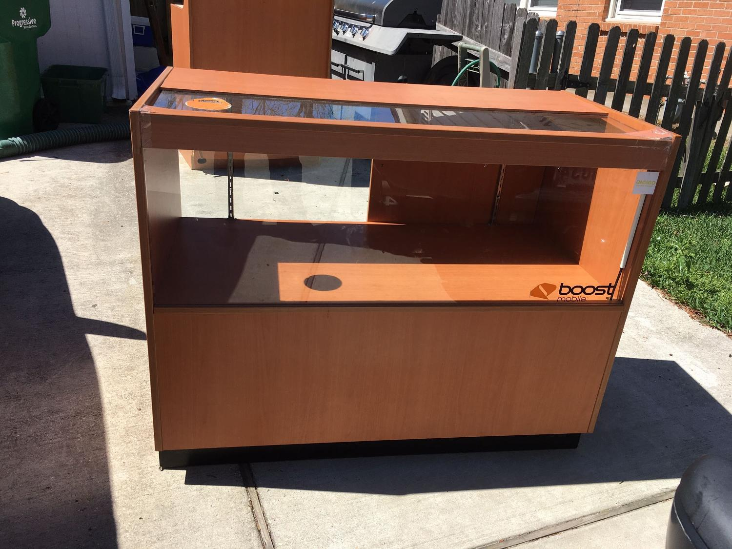 Find More Retail Display Case For Sale At Up To 90 Off Metairie La