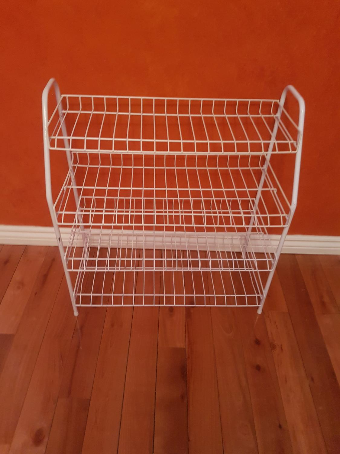 find more wire white shoe rack for sale at up to 90 off ajax on. Black Bedroom Furniture Sets. Home Design Ideas