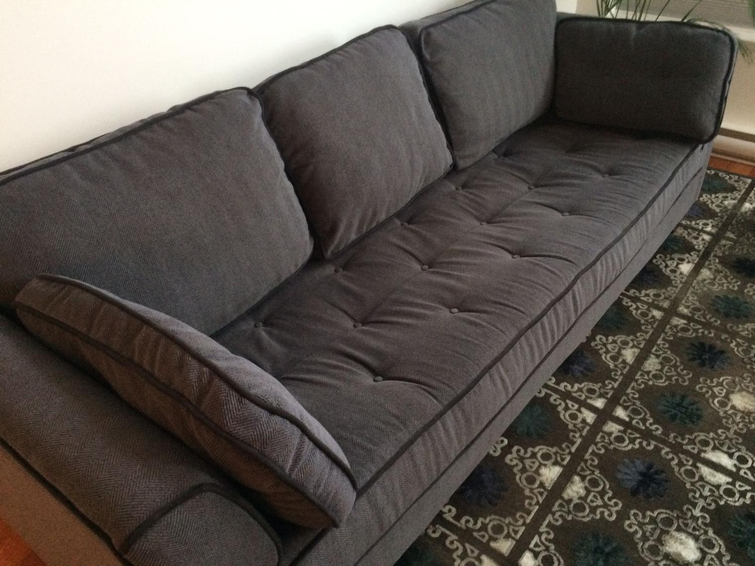 Best sofa couch from urban barn for sale in victoria for Couch sofa for sale bc