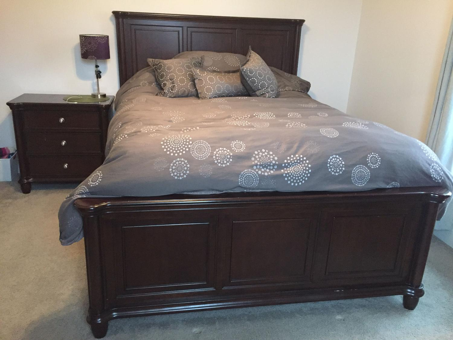 Best 3 Piece Bedroom Set With Queen Mattress And Box Spring For Sale In Ajax Ontario For 2017