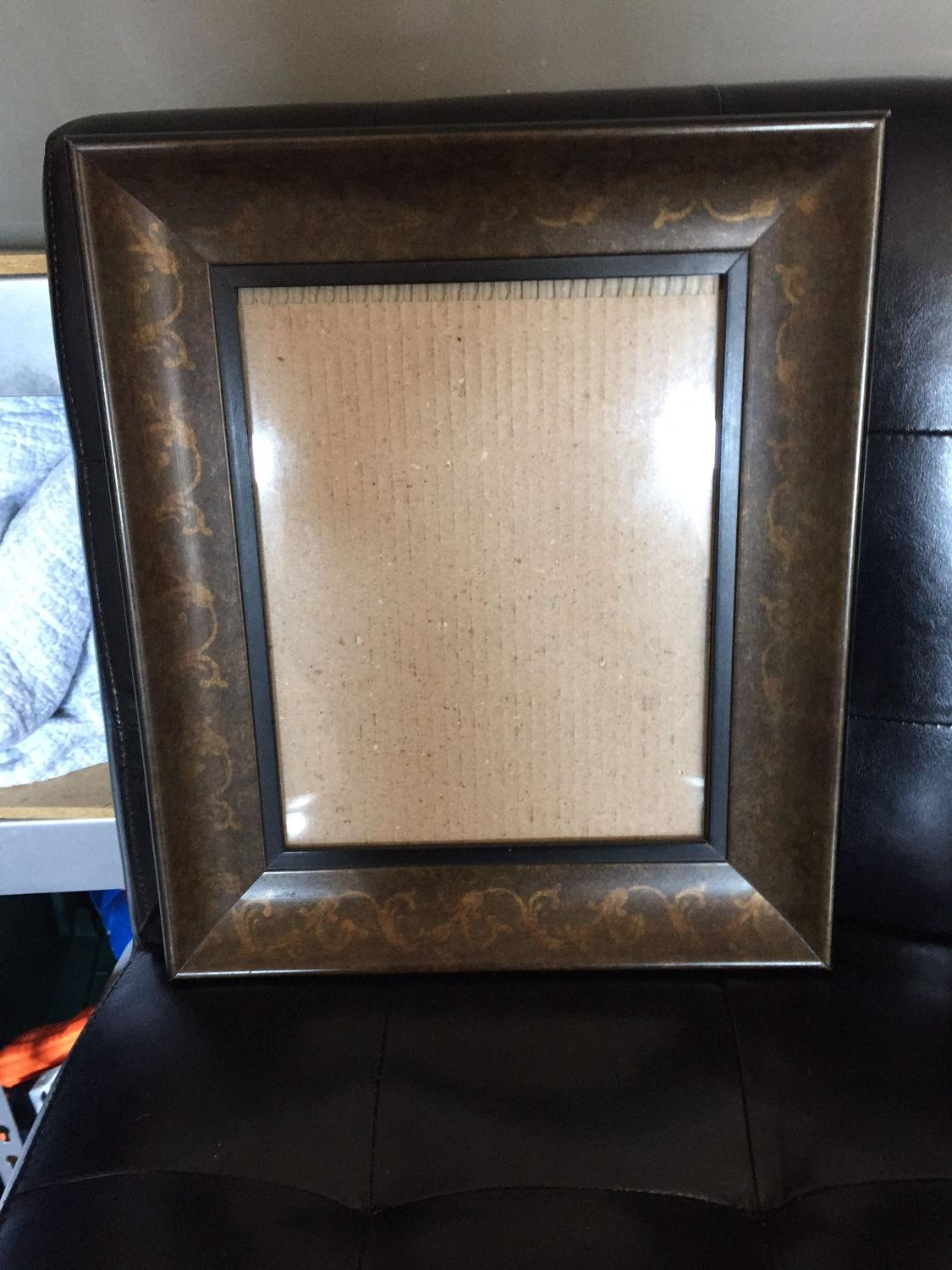how to make a large picture frame stand up