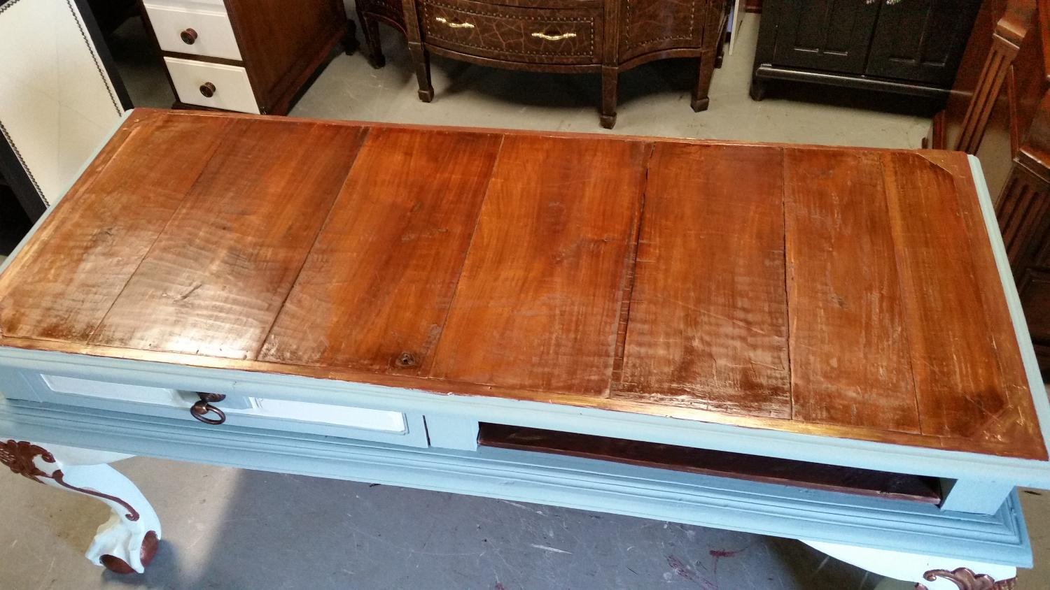 Best antique table for sale in greensboro north carolina for Table 6 greensboro nc