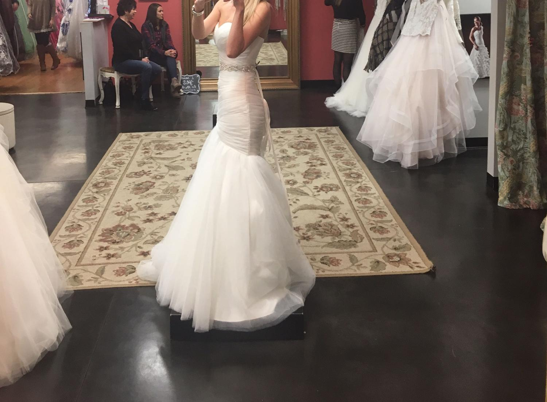 Best mori lee designer wedding dress for sale in for Wedding dress shops in murfreesboro tn