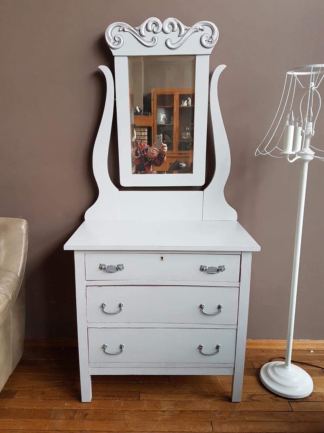 Best Antique Dresser And Mirror For Sale In Calgary Alberta For 2017