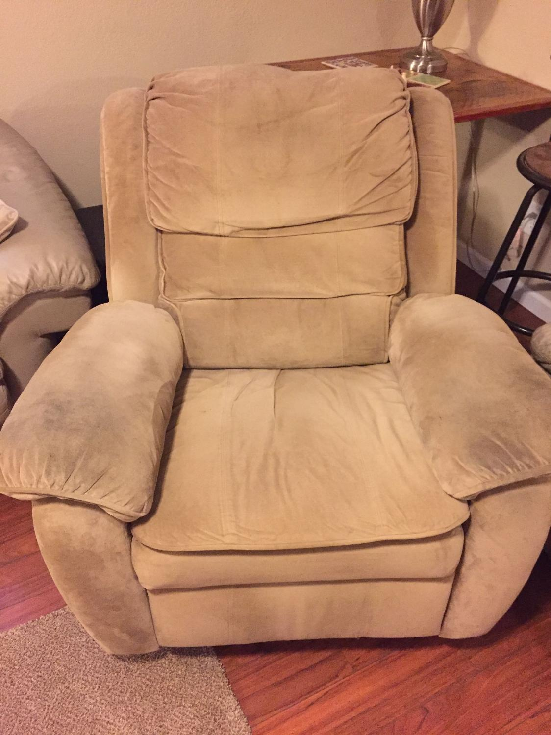 Find More Tan Recliner For Sale At Up To 90 Off Appleton Wi