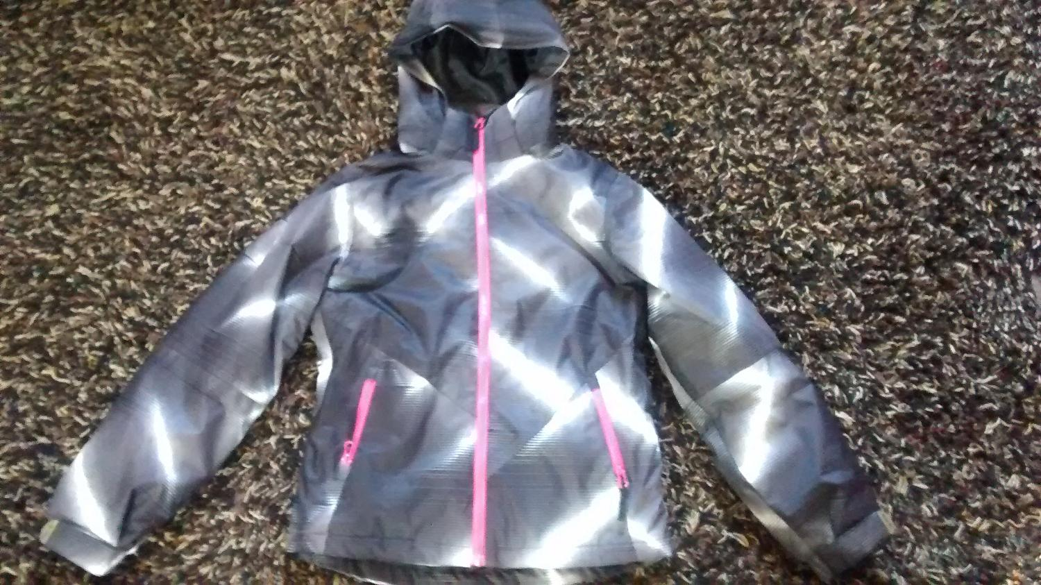 Best Brand New Pulse Coat From Scheels For Sale In Minot