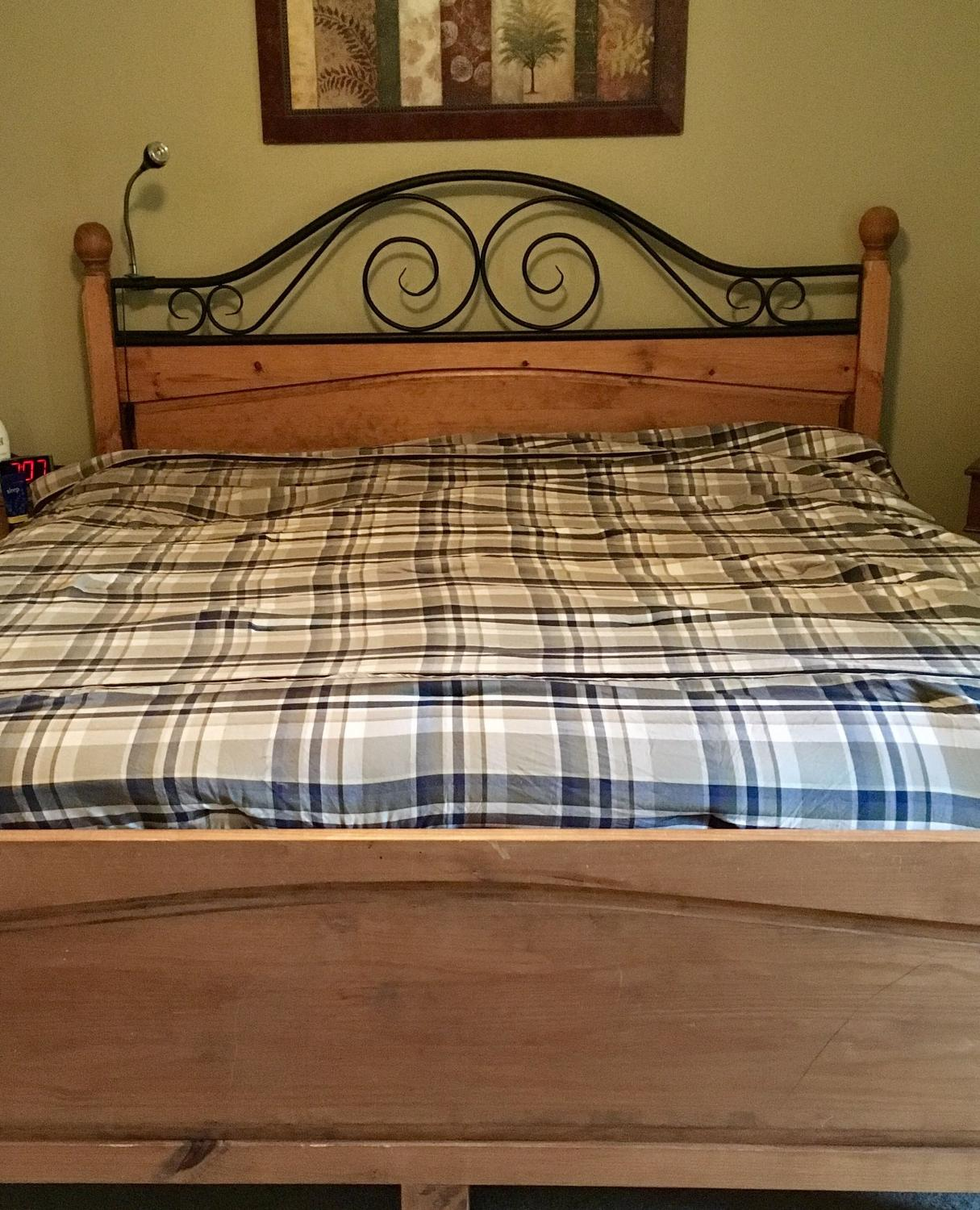 Best Dockers Queen / Full Size Comforter Reversible For