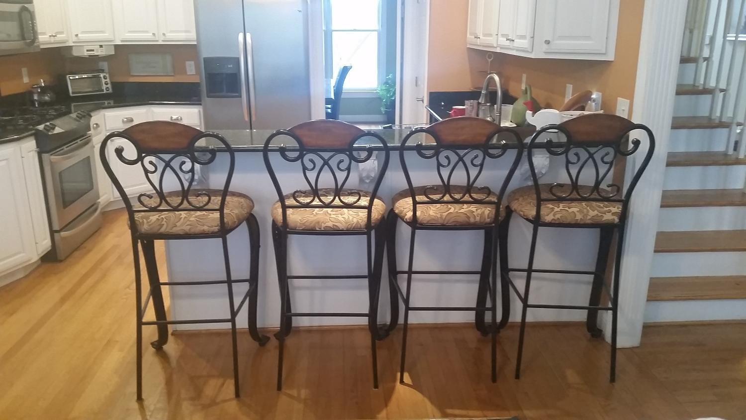 Best Comfy And Pretty Barstools What A Combo For Sale In