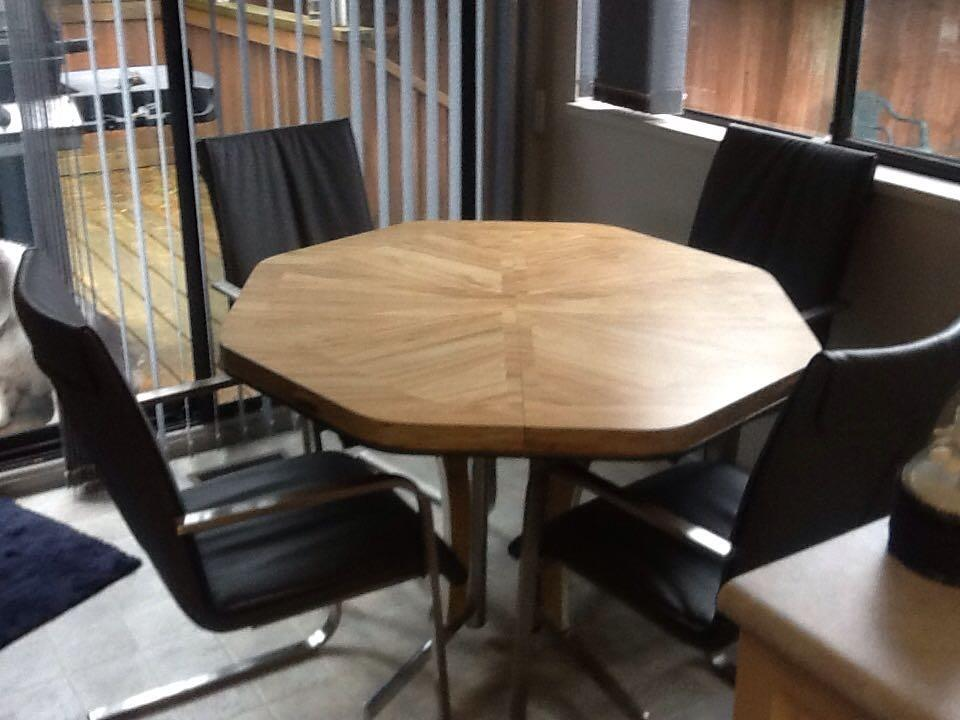 Best Kitchen Table With Leaf And Chairs For Sale In Richmond British Columbi