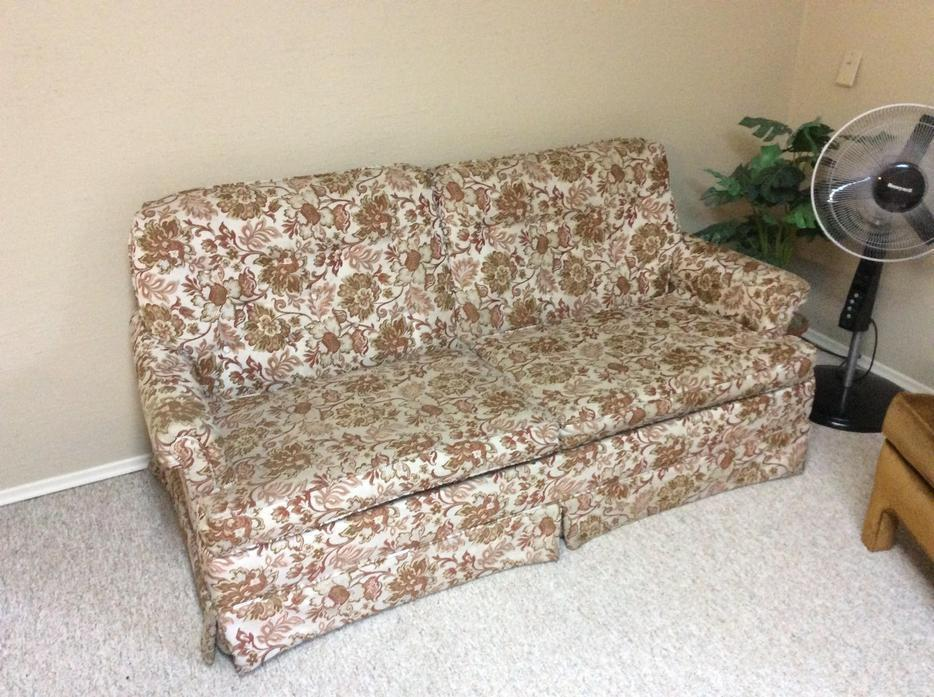 Find More Vintage Floral Hide A Bed Couch For Sale At Up To 90 Off Victoria Bc