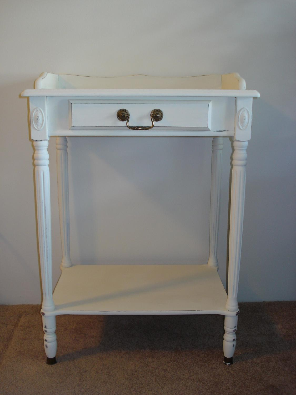 Find more shabby chic antique white telephone table for for Table de noel shabby chic