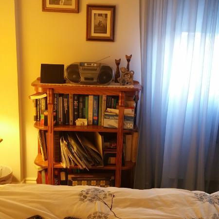 Solid  oak bookcase 4 shelve  perfect... for sale  Canada