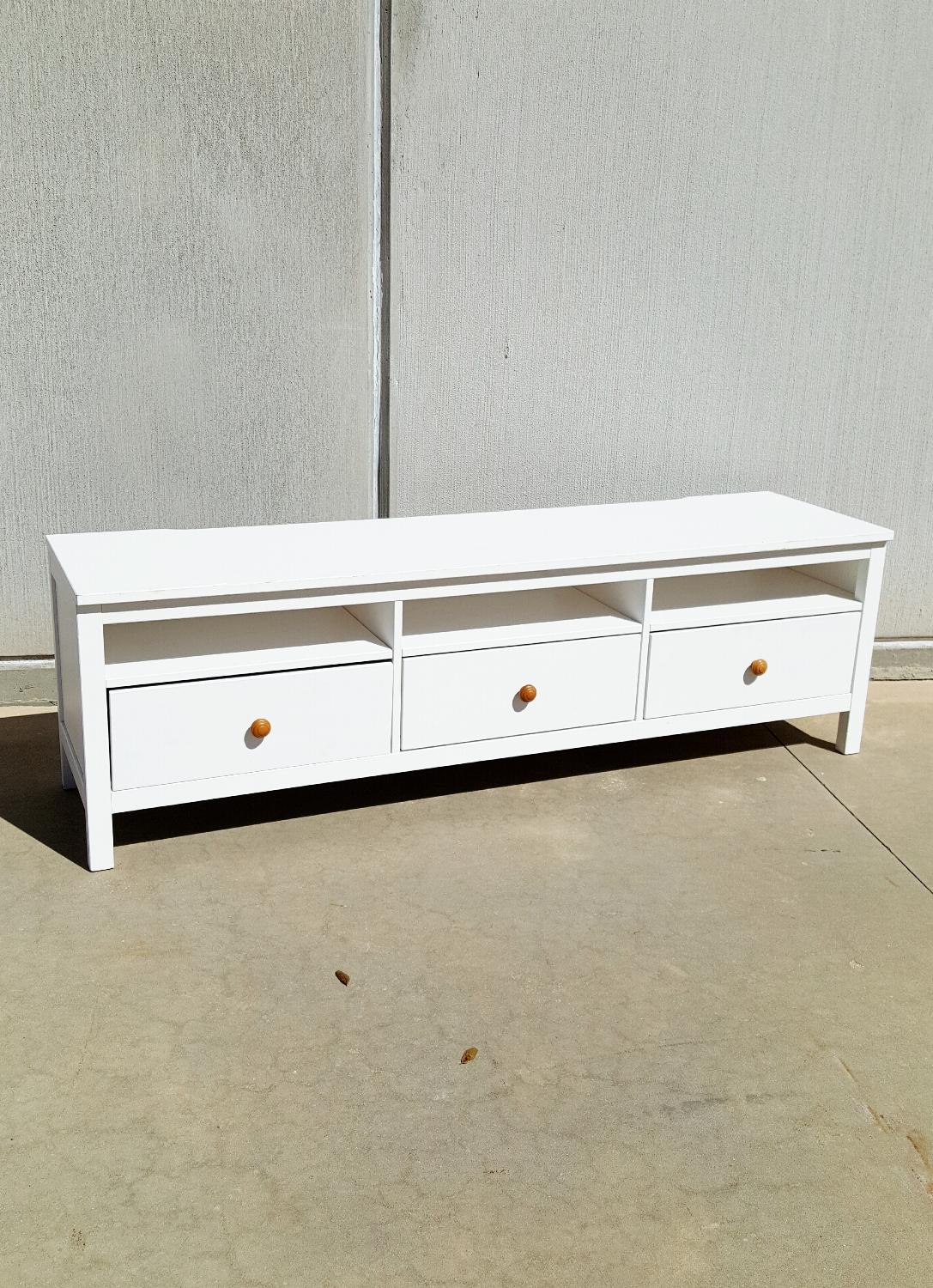 find more like new ikea hemnes tv media console white wash for sale at up to 90 off deland fl. Black Bedroom Furniture Sets. Home Design Ideas