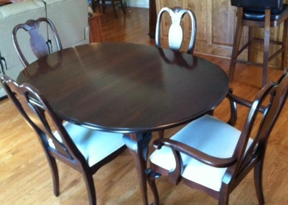 Best dining room table with chairs for sale in nashville for Dining table nashville tn