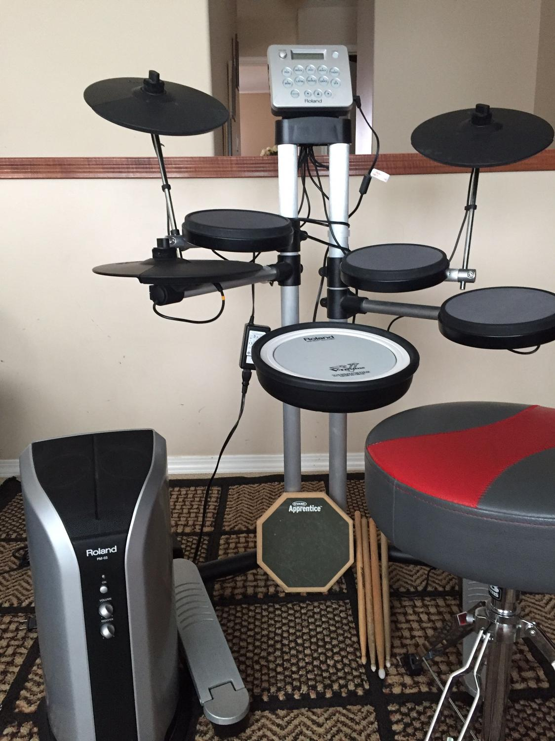 best electric drum by roland hd 3 v drums lite for sale in airdrie alberta for 2017. Black Bedroom Furniture Sets. Home Design Ideas