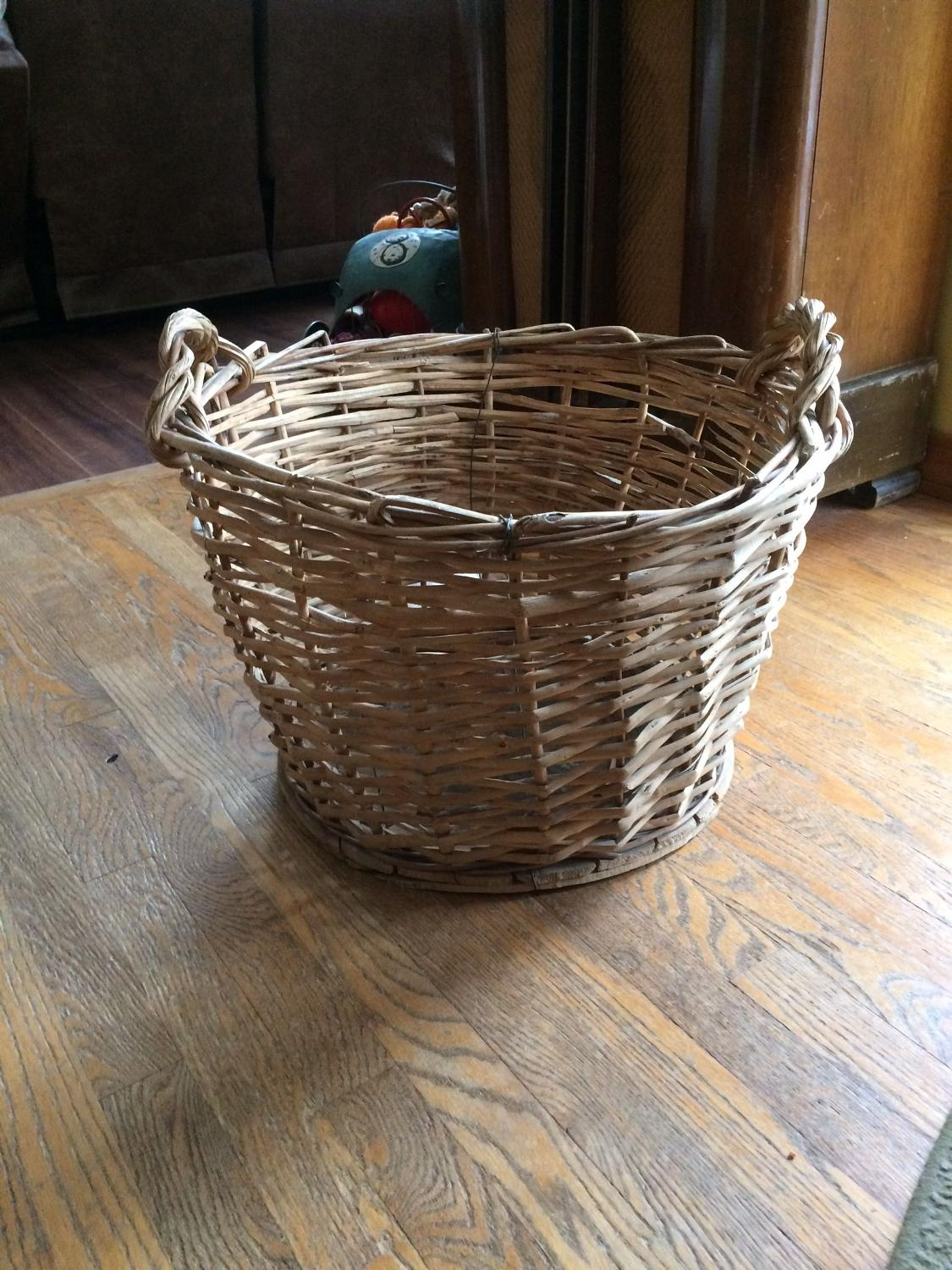Best Extra Large Wicker Basket 21 X 14 Tall For Sale