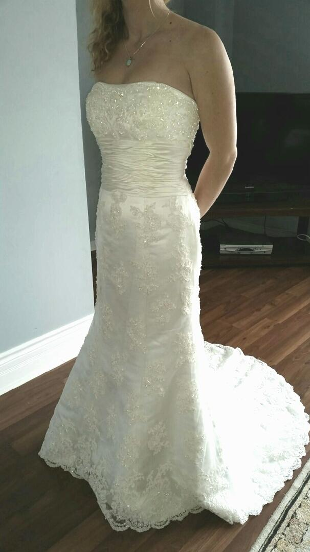 Best wedding dress new need gone asap for sale in oshawa for Need to sell my wedding dress