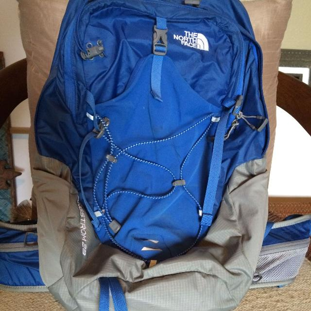 c669cf9df The North Face Angstrom 28 Backpack