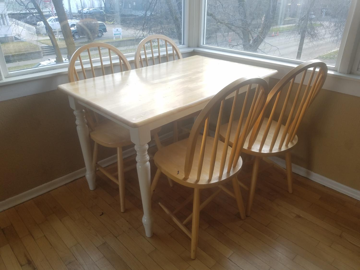 Find more table and chairs for sale at up to 90 off for Furniture ellensburg