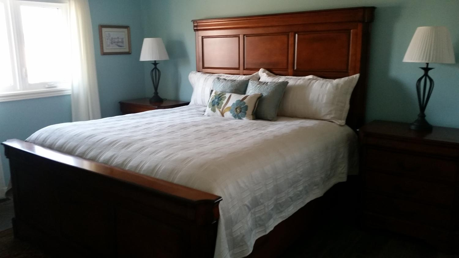 Find more king size 7 piece bedroom suite price drop for for Bedroom suites for sale