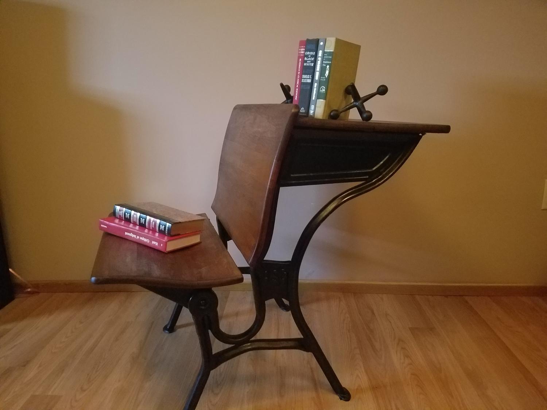best vintage school desk for sale in hammond indiana for 2019. Black Bedroom Furniture Sets. Home Design Ideas