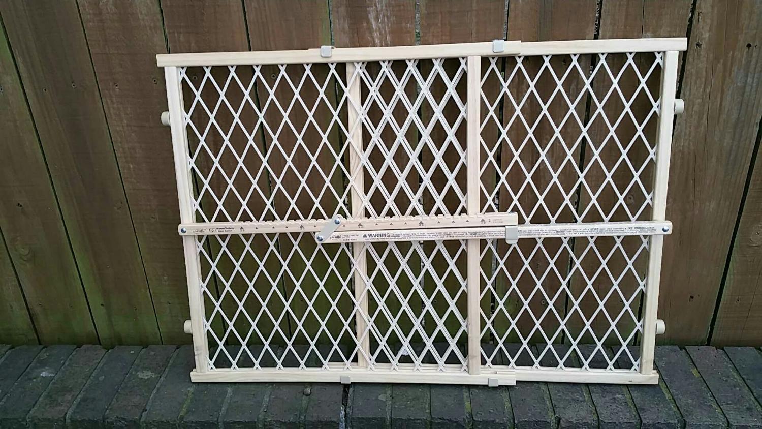 Best Evenflo Wooden Baby/pet Gate 23x42 Euc For Sale In