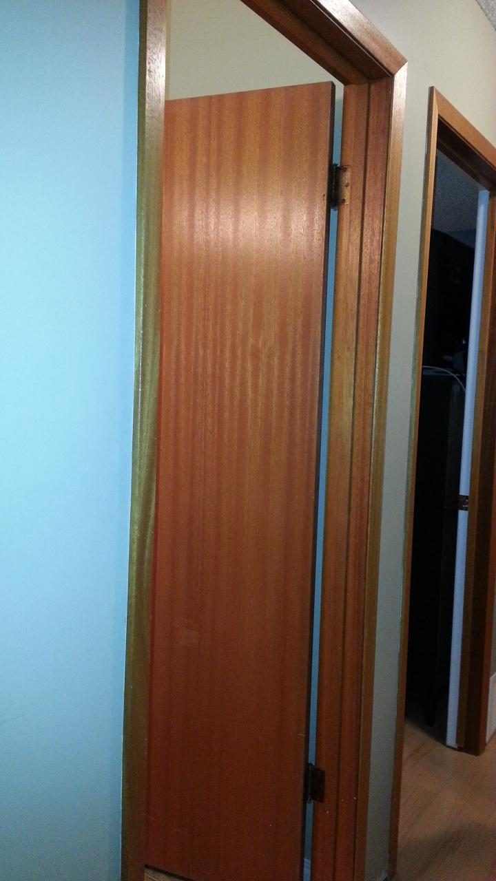 Find More 4 Prehung And 1 Bifold Used Interior Mahogany Doors For Sale At Up To 90 Off Regina Sk