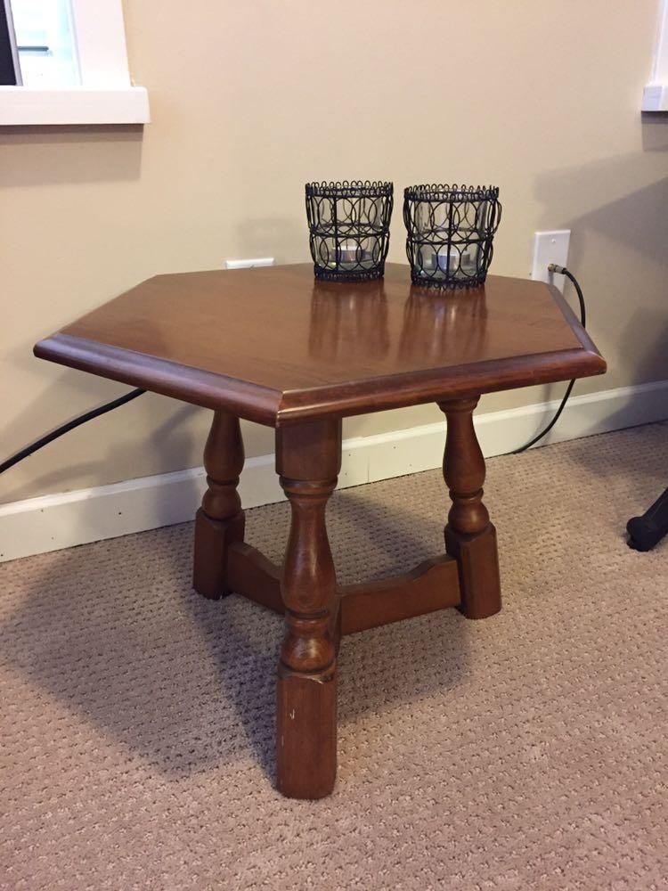 Find more beautiful maple table asking 10 mint condition for Furniture 63385