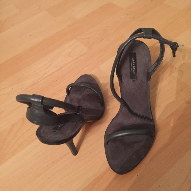 4c3d676bb0a Best Zara Leather Sandals for sale in Victoria