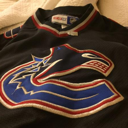 Vancouver Canucks vintage jersey for sale  Canada