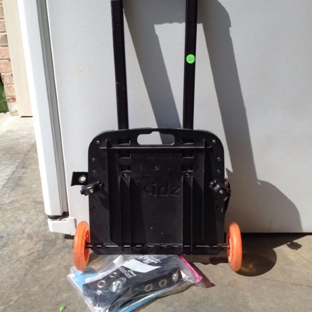 Gogo Babyz Travel Mate Car Seat Dolly Attaches To For Pulling Through Airports