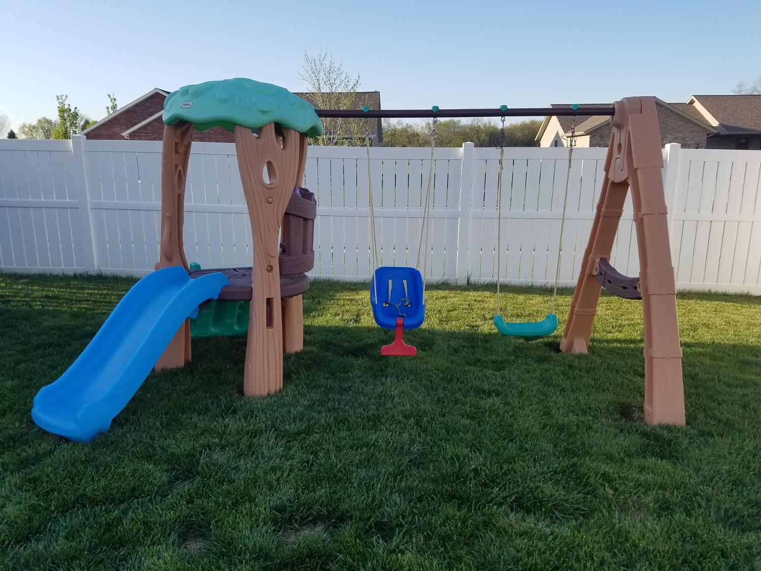 Find more euc little tikes treehouse outdoor playset for for Little tikes outdoor playset
